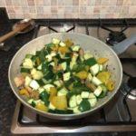 Рецепта за пиле със зеленчуци и соев сос