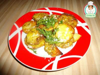 Картофи на фурна с розмарин и куркума