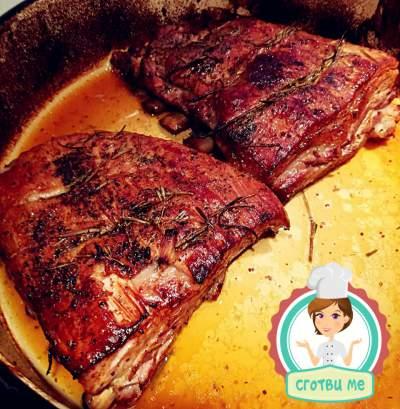 Мариновани свински гърди