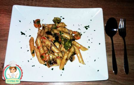Паста със скариди и зеленчуци